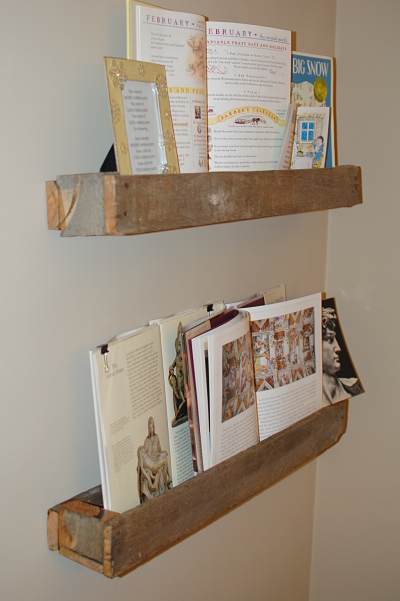 And Yet Another Set of DIY Pallet Shelves