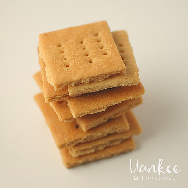 Easy Almond Flour Graham Crackers | Yankee Homestead