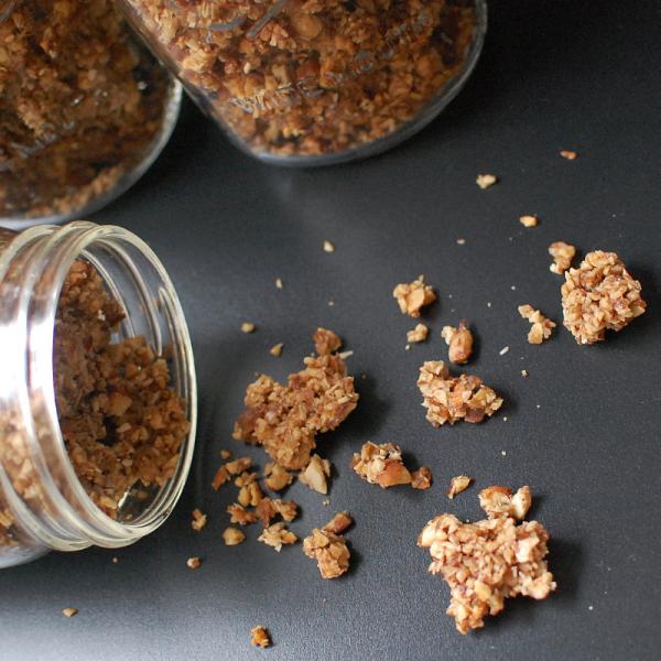 Oven Baked Paleo Vanilla Nut Granola