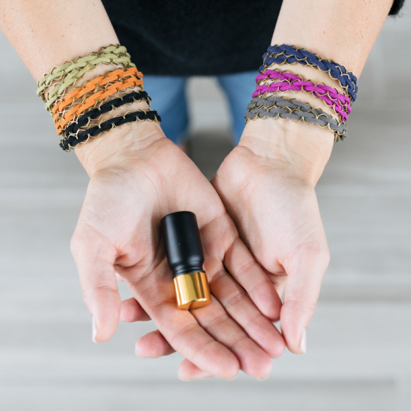 Hip Essential Oil Diffuser Jewelry: My Top Picks {with coupon codes!}