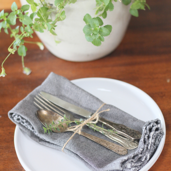 8 Tips for Switching to Cloth Napkins