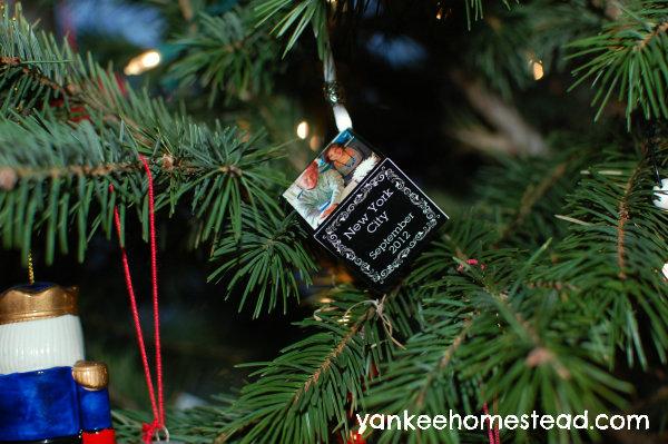Create a photo ornament to commemorate a trip   Yankeehomestead.com