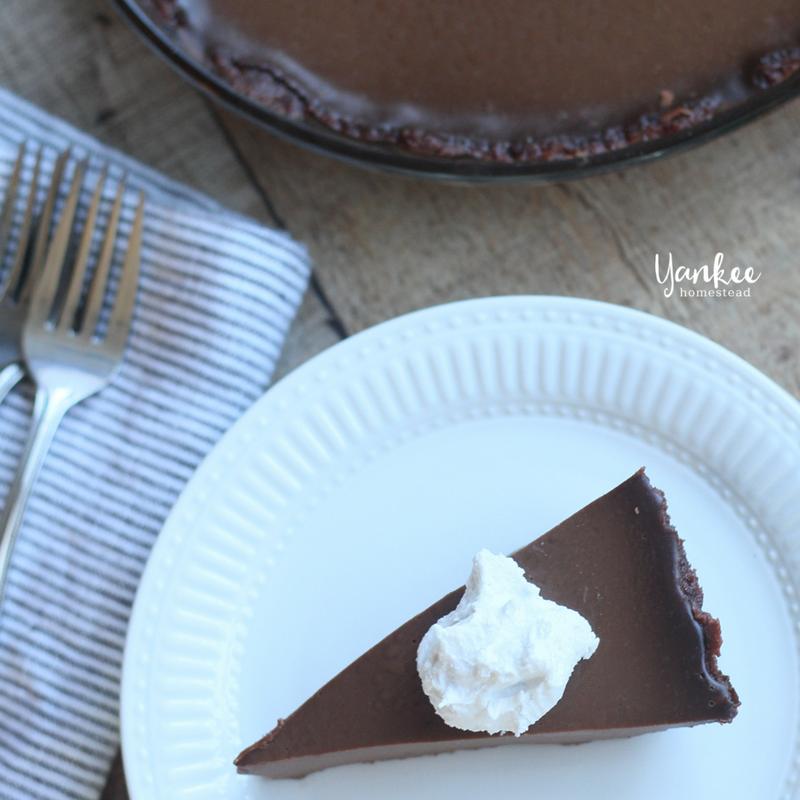 Paleo Chocolate Pie | Yankee Homestead