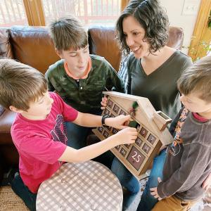 How to Do a Family Christmas Countdown