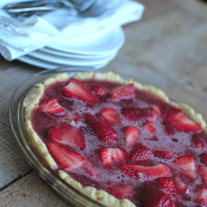 Paleo Strawberry Pie with Grass Fed Gelatin