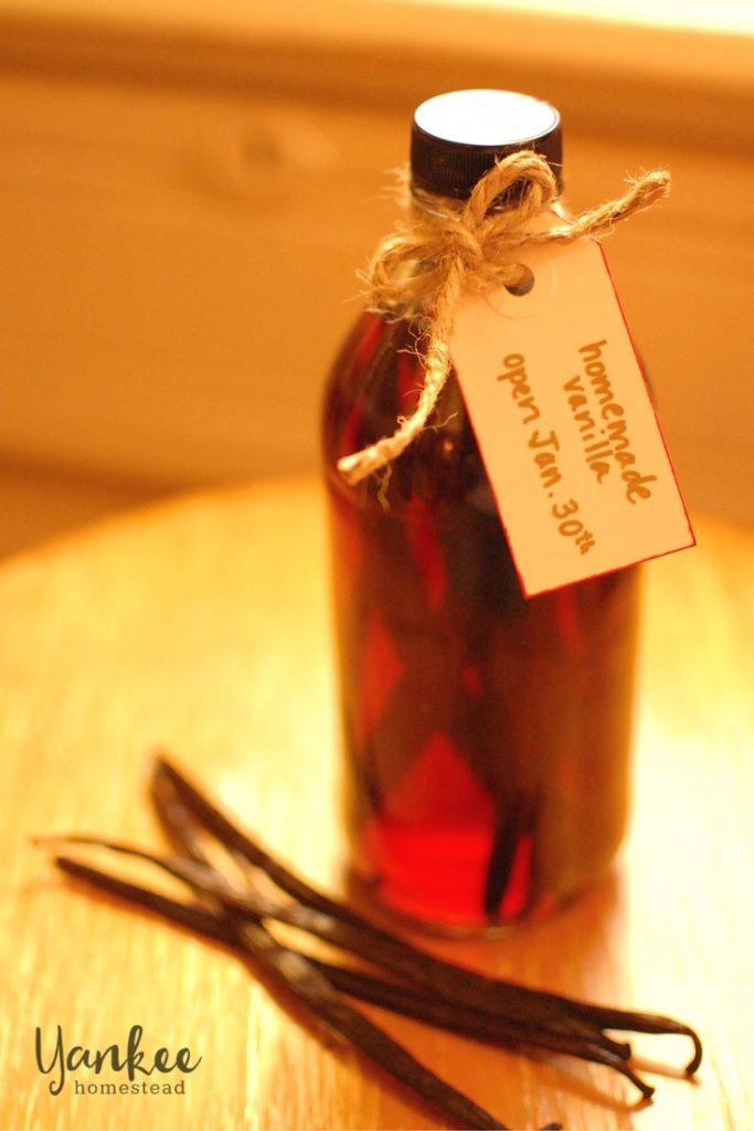 Homemade Vanilla Extract | Yankee Homestead