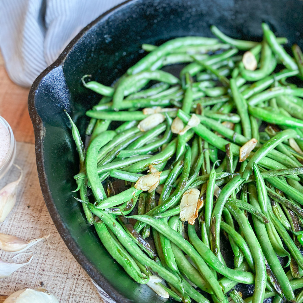 Garlicky Green Beans | Roots & Boots